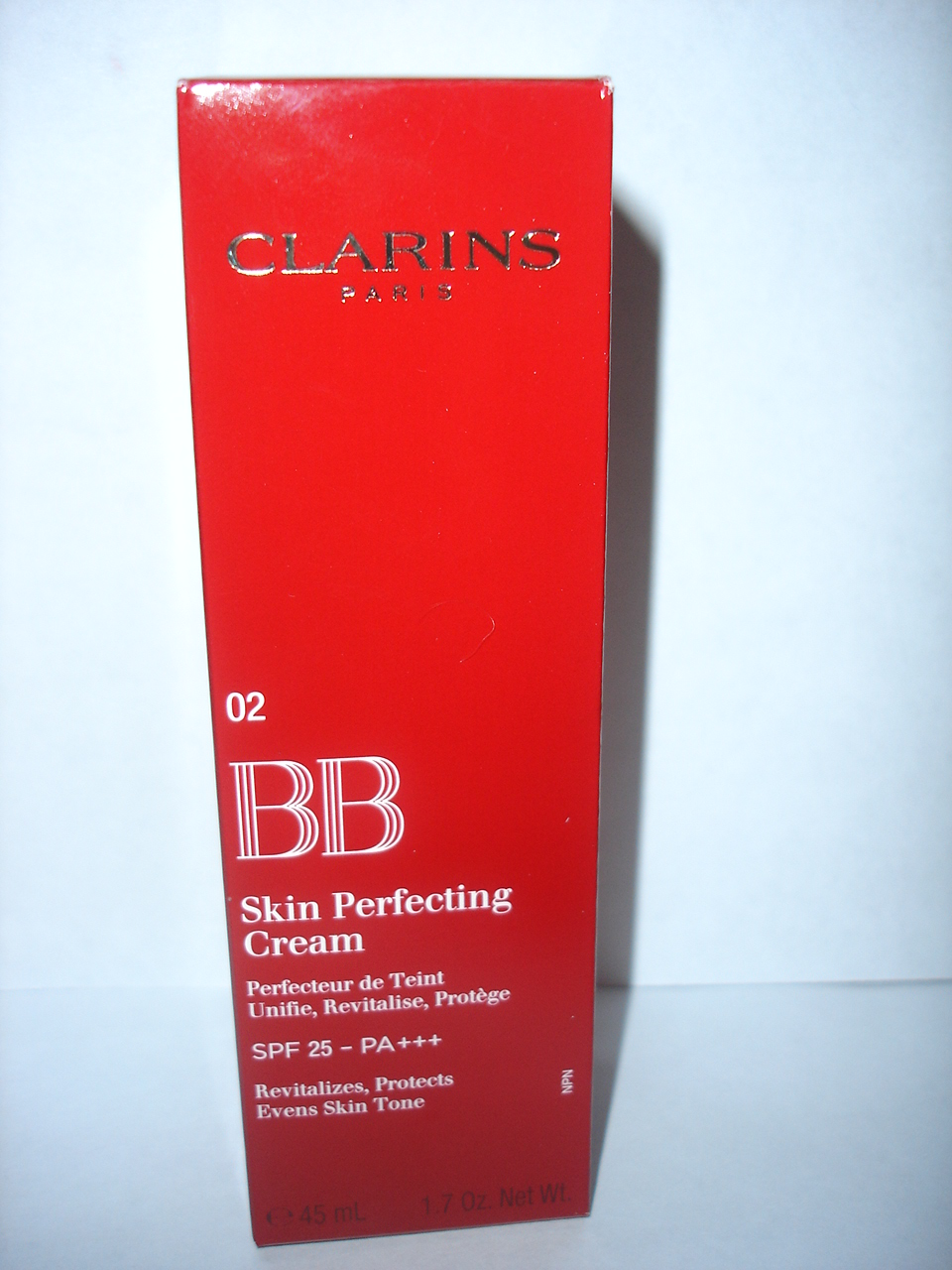 clarins bb skin perfecting cream spf 25 mybeautyjournal. Black Bedroom Furniture Sets. Home Design Ideas